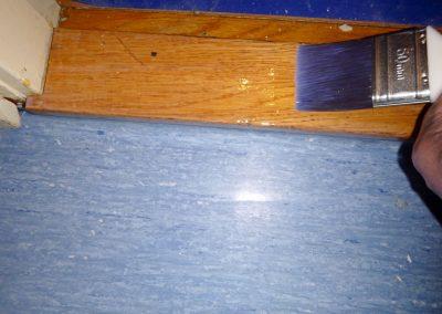 Efterarbete/lacka golvtröskel